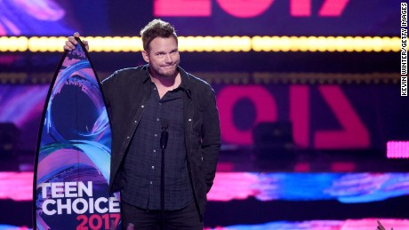 LOS ANGELES, CA - AUGUST 13:  Chris Pratt accepts Choice Sci-Fi Movie Actor for 'Guardians of the Galaxy Vol. 2' onstage during the Teen Choice Awards 2017  at Galen Center on August 13, 2017 in Los Angeles, California.  (Photo by Kevin Winter/Getty Images)