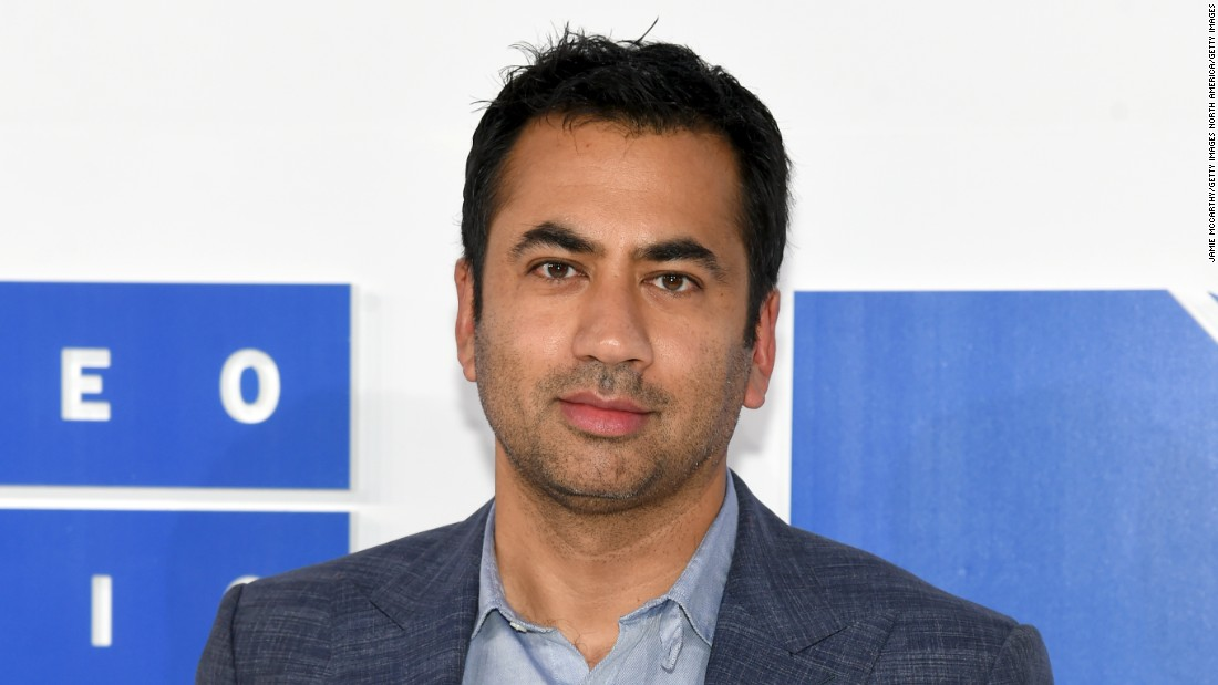 Kal Penn resigns White House arts committee