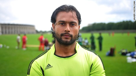 Isrhad Ahmad lives in Bautzen, volunteers as a translator and is captain of his local cricket club.