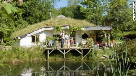 Hobbit Homes eco-friendly diy homes fit for a hobbit - cnn video