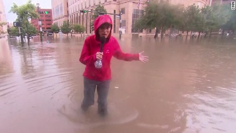 rosa flores houston downtown under water sot nr_00000730