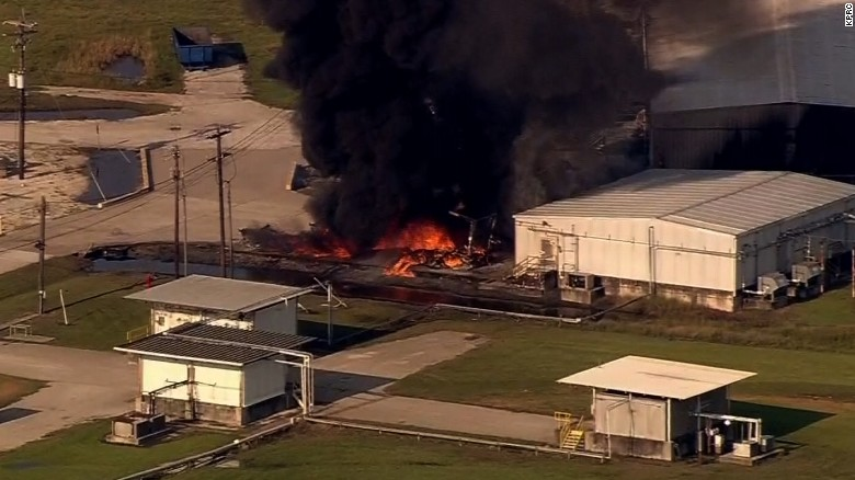Large fire at Texas chemical plant