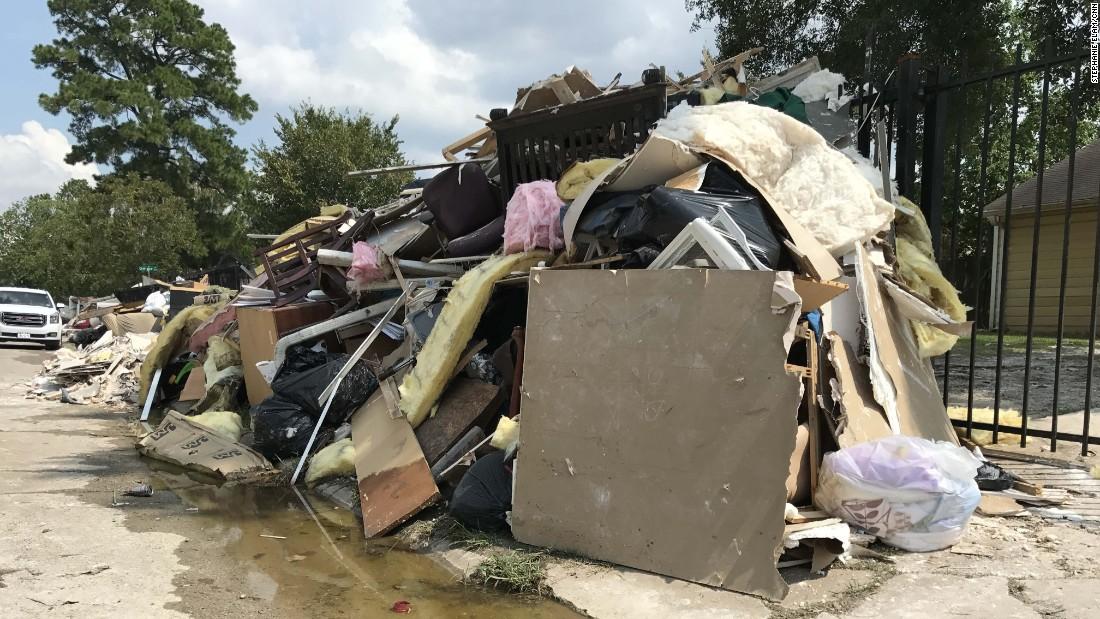 http://i2.cdn.cnn.com/cnnnext/dam/assets/170908120919-01-hurricane-harvey-recovery-super-169.jpg