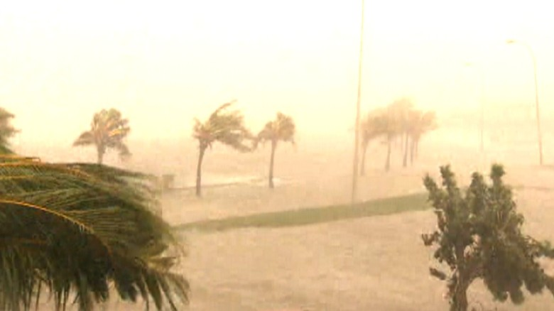Hurricane slams Cuba heads toward Florida