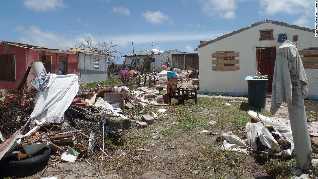 For first time in 300 years, Barbuda is empty