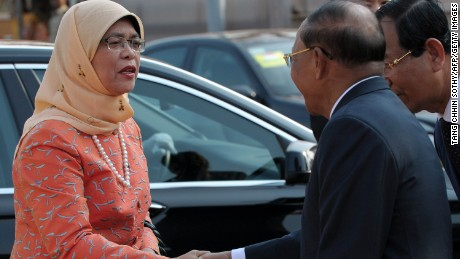 Halimah Yacob upon her arrival at the National Assembly building in Phnom Penh on May 7, 2015.