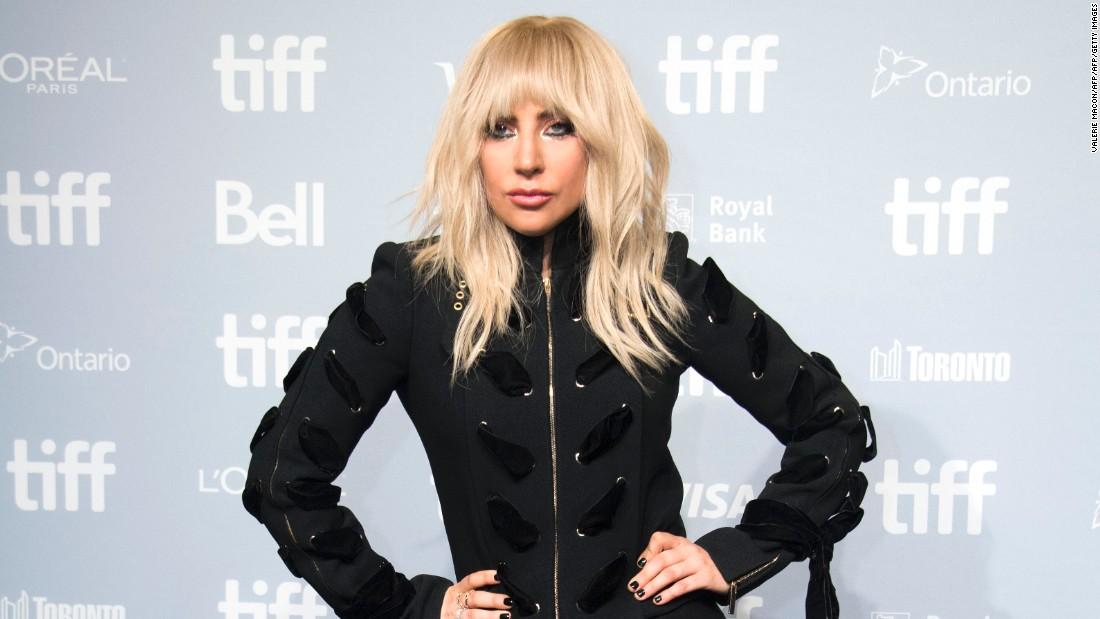 Lady Gaga reveals battle with fibromyalgia