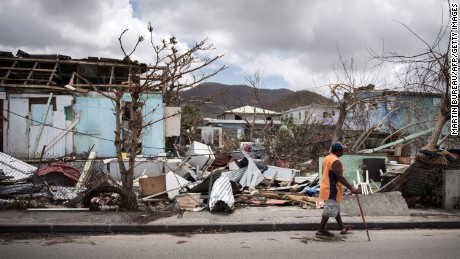 Reports of looters with machetes in St. Maarten