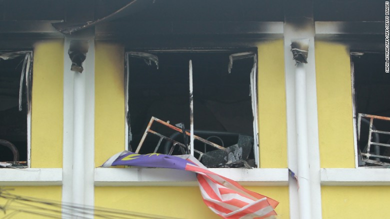Dozens killed in Malaysia school fire