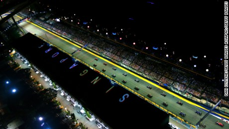 The Singapore Grand Prix will remain on the F1 calendar until at least 2021.