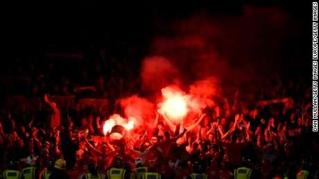 LONDON, ENGLAND - SEPTEMBER 14:  FC Koln Fans let of flares after Jhon Cordoba of FC Koeln scored the first goal during the UEFA Europa League group H match between Arsenal FC and 1. FC Koeln at Emirates Stadium on September 14, 2017 in London, United Kingdom.  (Photo by Dan Mullan/Getty Images)