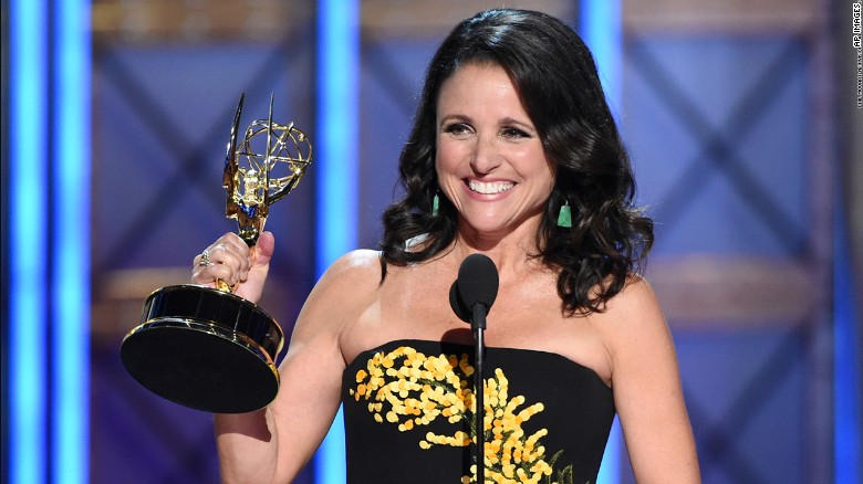 Julia Louis-Drefus accepts the Emmy for oustanding lead actress in a comedy series.