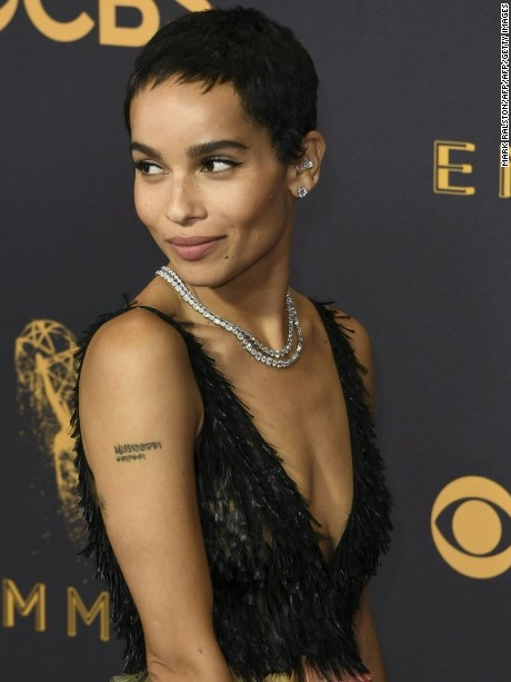 Zoe Kravitz arrives for the 69th Emmy Awards at the Microsoft Theatre on September 17, 2017 in Los Angeles, California. / AFP PHOTO / Mark RALSTON        (Photo credit should read MARK RALSTON/AFP/Getty Images)