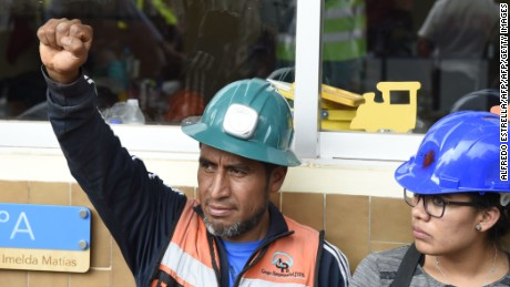 A rescue worker makes the signal for silence during the search for survivors and bodies at the Enrique Rebsamen elementary school in Mexico City on September 21, 2017, two days after a strong quake hit central Mexico. A powerful 7.1 earthquake shook Mexico City on Tuesday, causing panic among the megalopolis' 20 million inhabitants on the 32nd anniversary of a devastating 1985 quake. / AFP PHOTO / Alfredo ESTRELLAALFREDO ESTRELLA/AFP/Getty Images