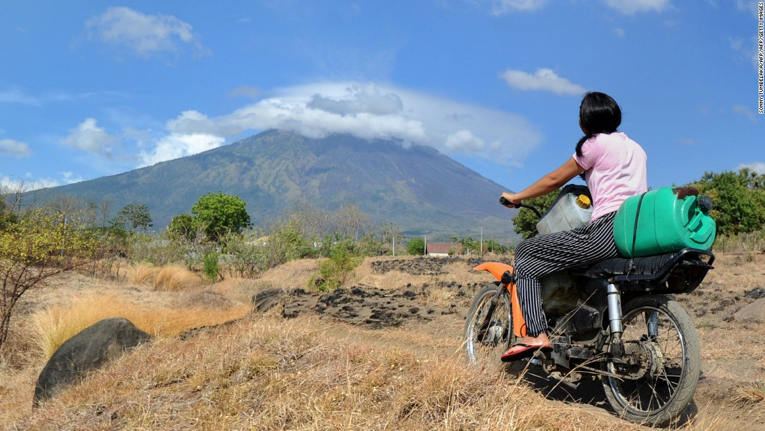 Entire island evacuated as volcanoes rumble in Bali and Vanuatu