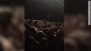 Concertgoer captures chaos among the crowd