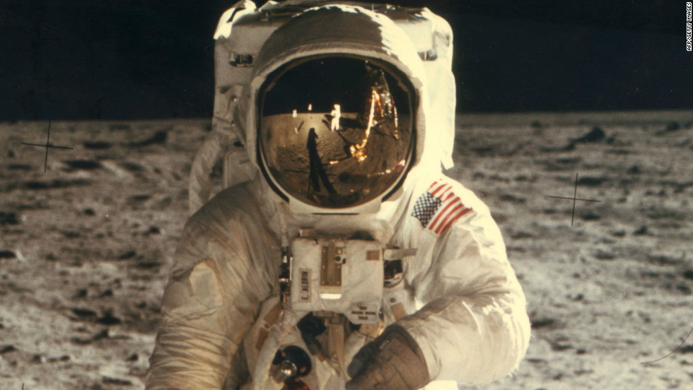 who is first astronaut in space - photo #12