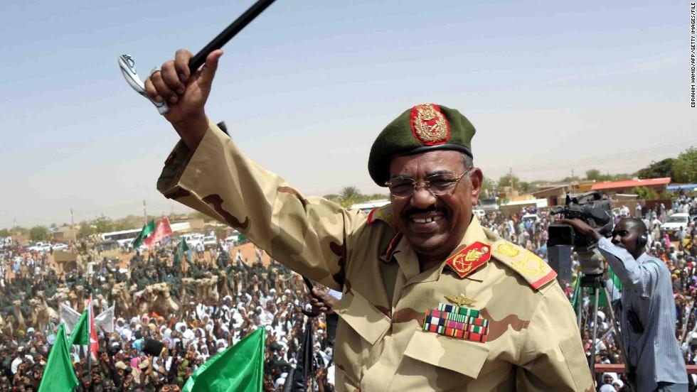 Ahmed Mohamed Hugs Sudan's Genocidal Theocrat Omer Hassan al-Bashir