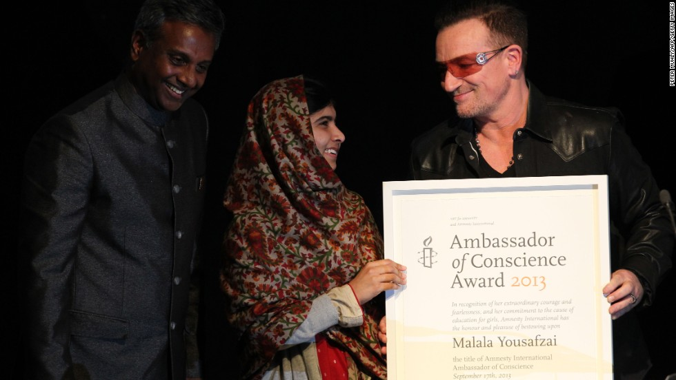 malala yousafzai becomes youngest honorary citizen of