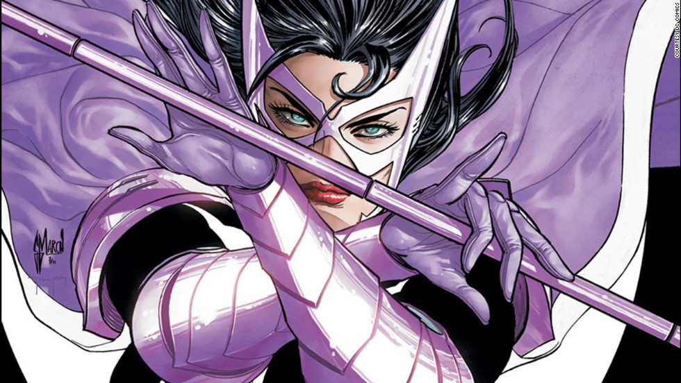 Catwoman comes out as bisexual - CNN