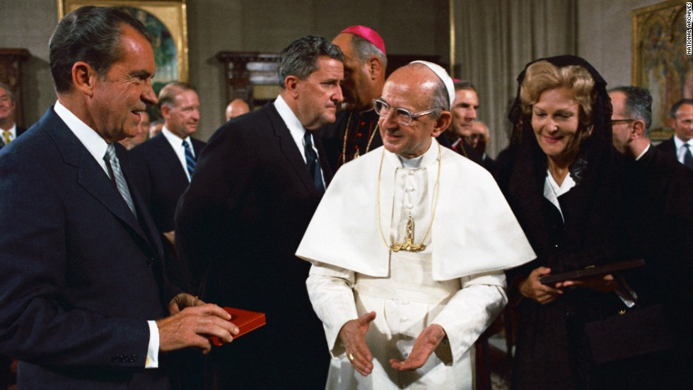 the two popes meet