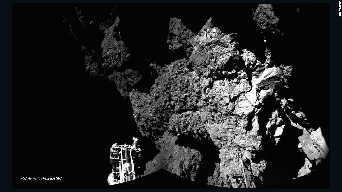 Space probe finds lost Philae lander on comet - CNN.com