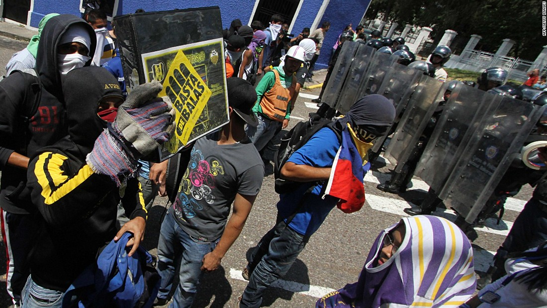 image of Opposition parties raided by Venezuelan National Guard
