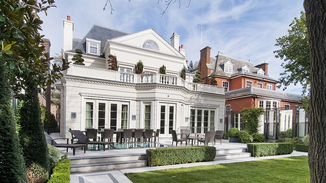 'African Century' Hits London's Fanciest Districts