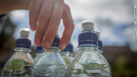 How much should you drink to stay hydrated during exercise?