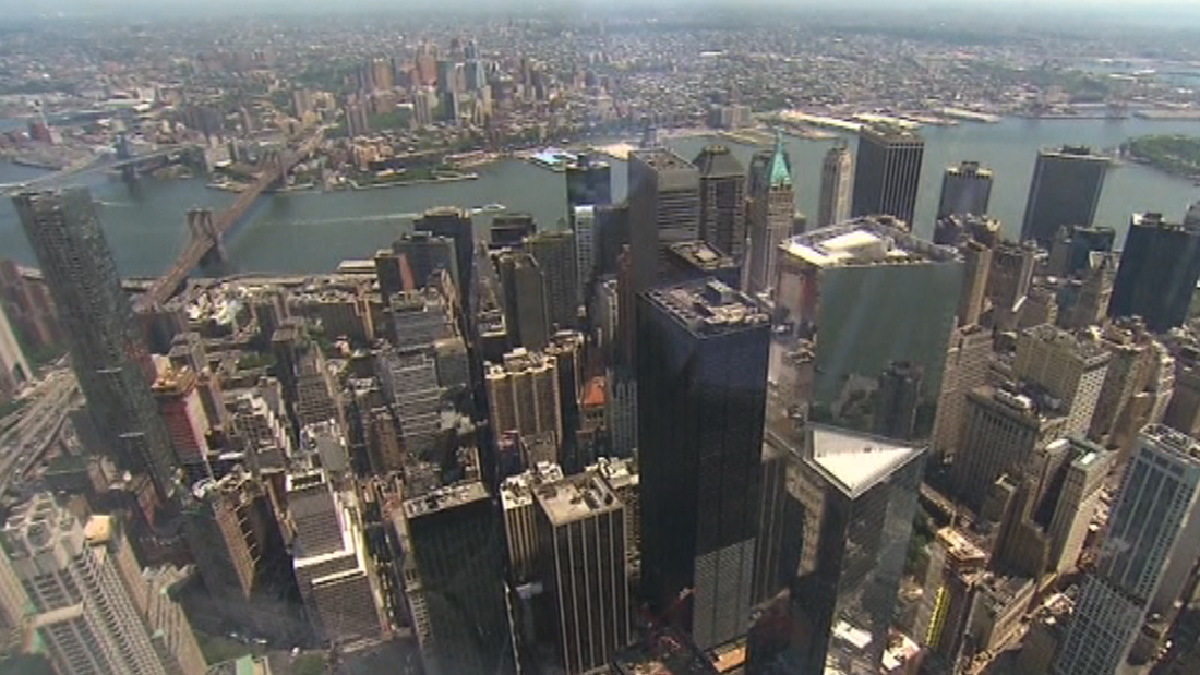 Stunning view from the Freedom Tower's observatory deck ...