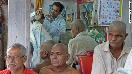 Toxic Moonshine Kills 102 In Mumbai Slum Cnn Com