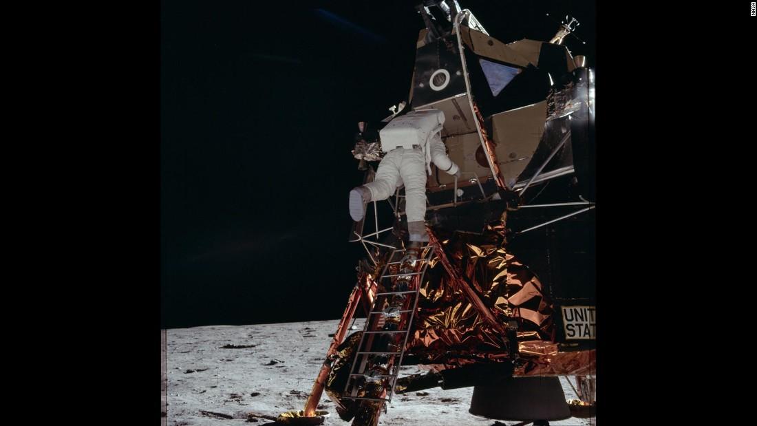 the apollo space astronauts - photo #36