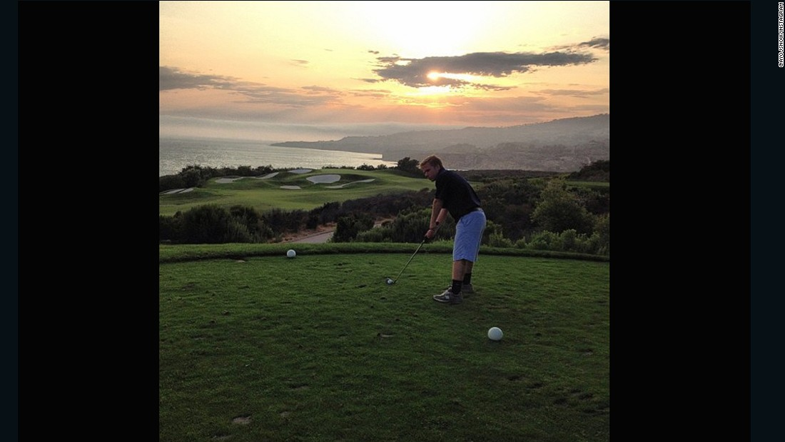 "The varied landscape behind this course is the perfect base for a sunset. <a href=""https://instagram.com/ayojsnow/"" target=""_blank"">@ayojsnow</a> was clearly delighted with his surroundings: ""What a round!"" he wrote."