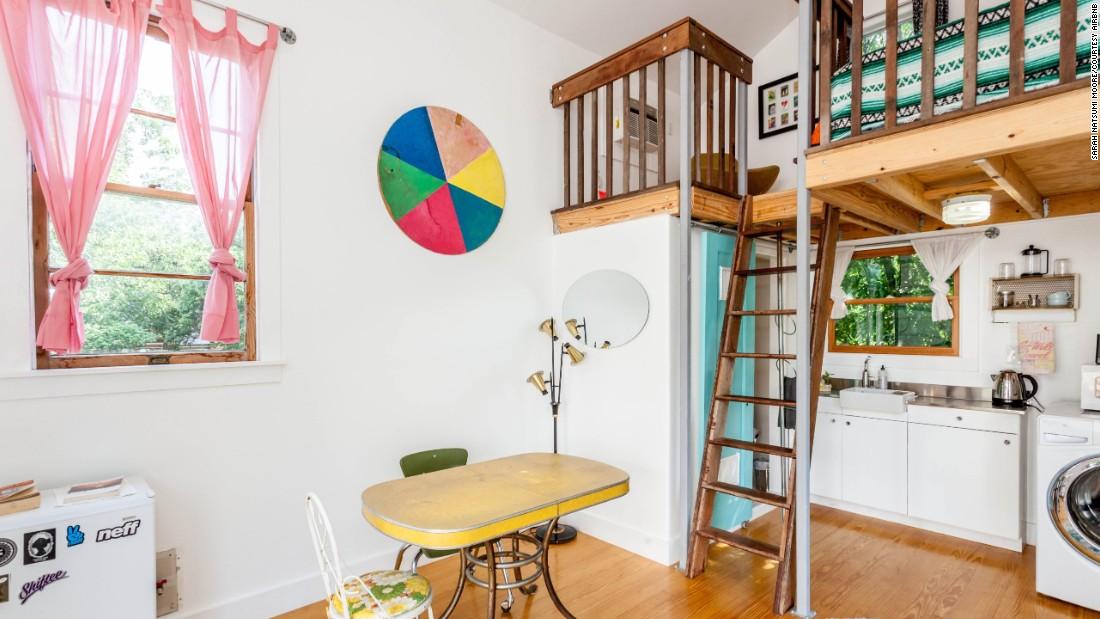 Stupendous Tiny House Rentals For Your Mini Vacation Cnn Com Largest Home Design Picture Inspirations Pitcheantrous