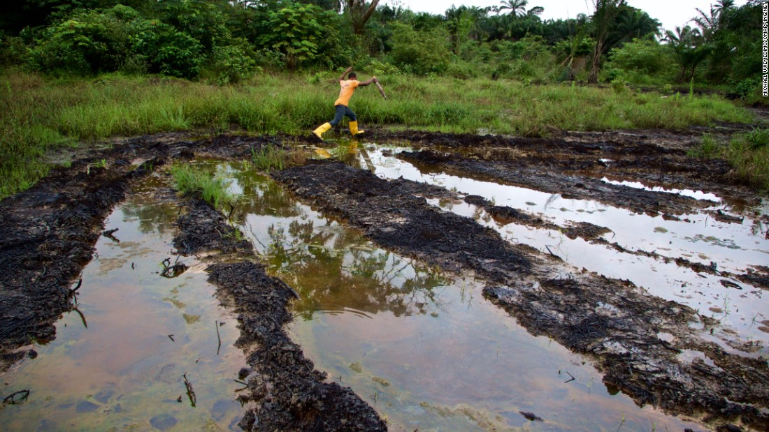 Ken Saro-Wiwa 20 years on: Niger Delta still polluted - CNN