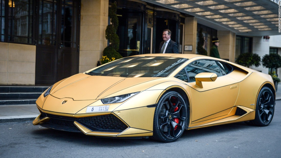 Golden Cars: Super-rich Saudi's Gold Cars Hit London