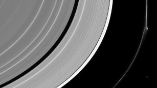 'Jet' disrupts one of Saturn's rings