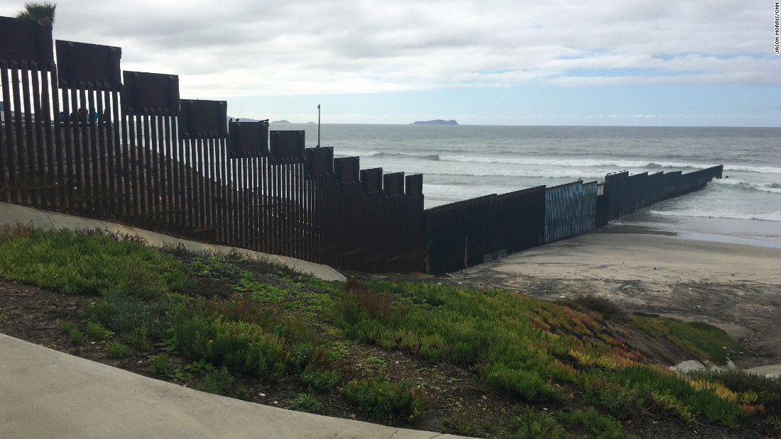 Building Trump's wall: For Texans, it's complicated