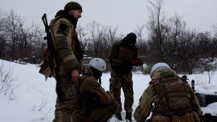 'People are being killed every day' in Ukraine