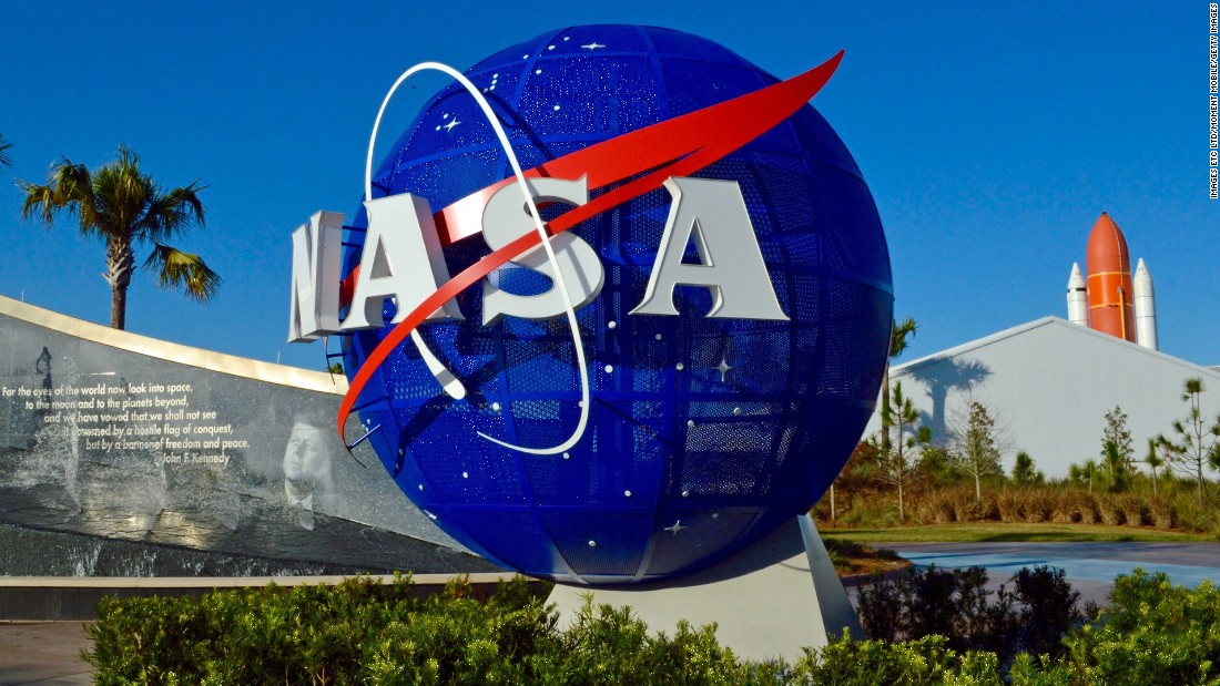 US-born NASA scientist says his work phone was seized at airport
