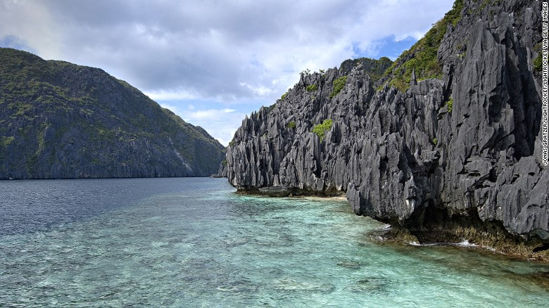 <strong>Romance in El Nido: </strong>It's not hard to fall in love with El Nido. Located in the southwestern island of Palawan, the area is home to private plots of sand, coral reefs, limestone cliffs and jungle-fringed islands.