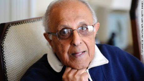 TO GO WITH AFP STORY BY CLAUDINE RENAUD 82-year-old Ahmed Kathrada, anti-apartheid activist and close friend of former South African President Nelson Mandela poses on July 16, 2012 in his house in Johannesburg. Kathrada was sentenced with Mandela to life imprisonment on June 12, 1964. The two were imprisoned together on Robben Island under white-minority apartheid rule. They still see each other, most recently in Johannesburg, just before Mandela returned on May 28 to his village home of Qunu where he is living out his retirement.  AFP PHOTO / STEPHANE DE SAKUTIN        (Photo credit should read STEPHANE DE SAKUTIN/AFP/GettyImages)
