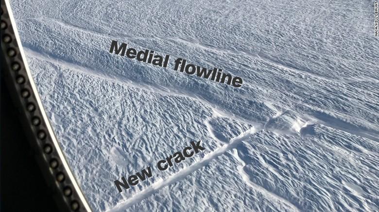 Risultati immagini per flow line of Petermann Glacier