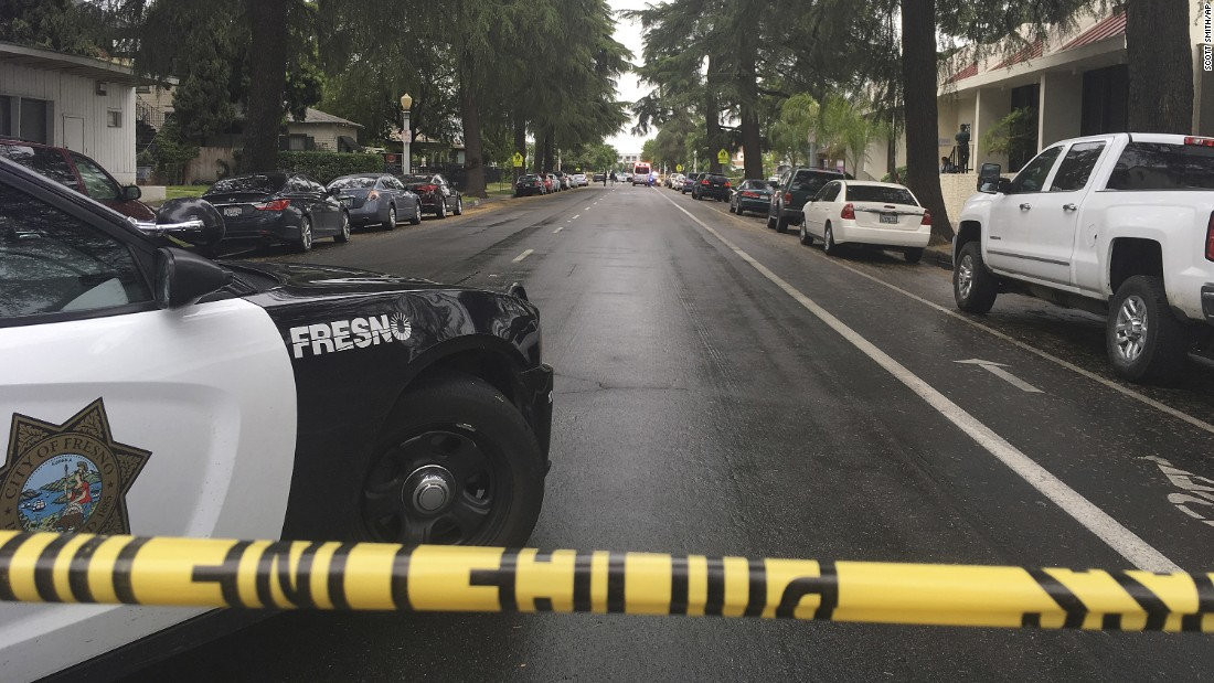 38a84032023 usatoday.com Gunman kills 3 in Fresno; suspect wanted in other case