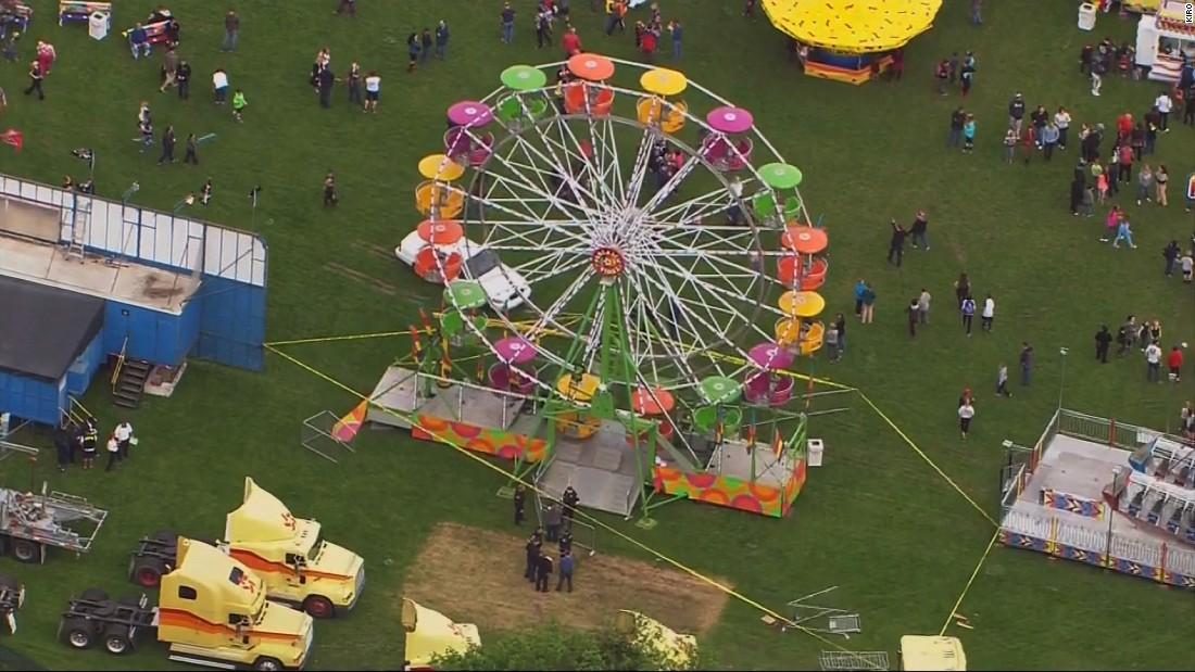 Three people fall from Ferris wheel ride in Washington ...