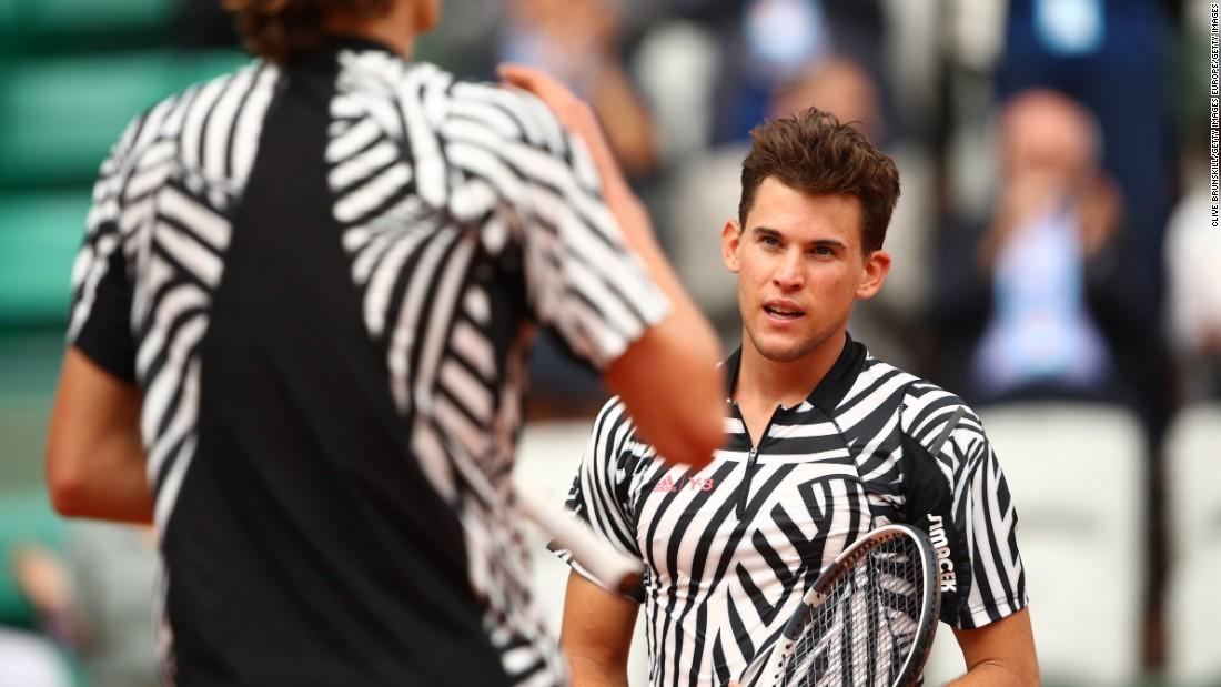 Sharapova pulls ouf of Wimbledon qualifying with injury - CNN
