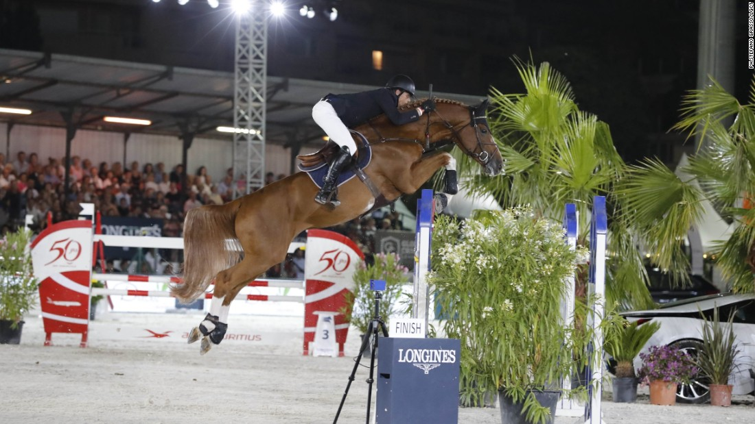 Longines Global Champions Tour Harrie Smolders Rules In Chantilly Cnn Com