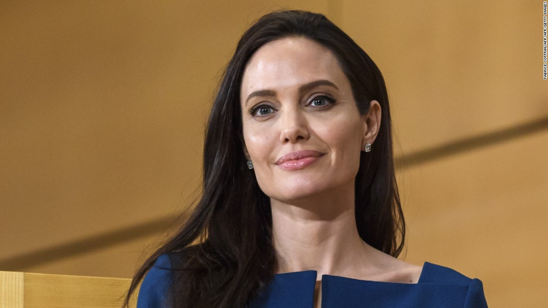 Angelina Jolie News: Angelina Jolie Talks Divorce, Bell's Palsy In New