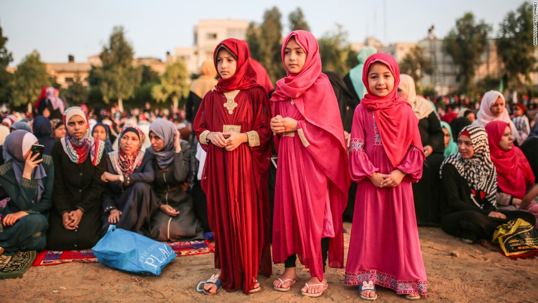 In pictures: Muslims celebrate Eid al-Adha festival - Egypt ...