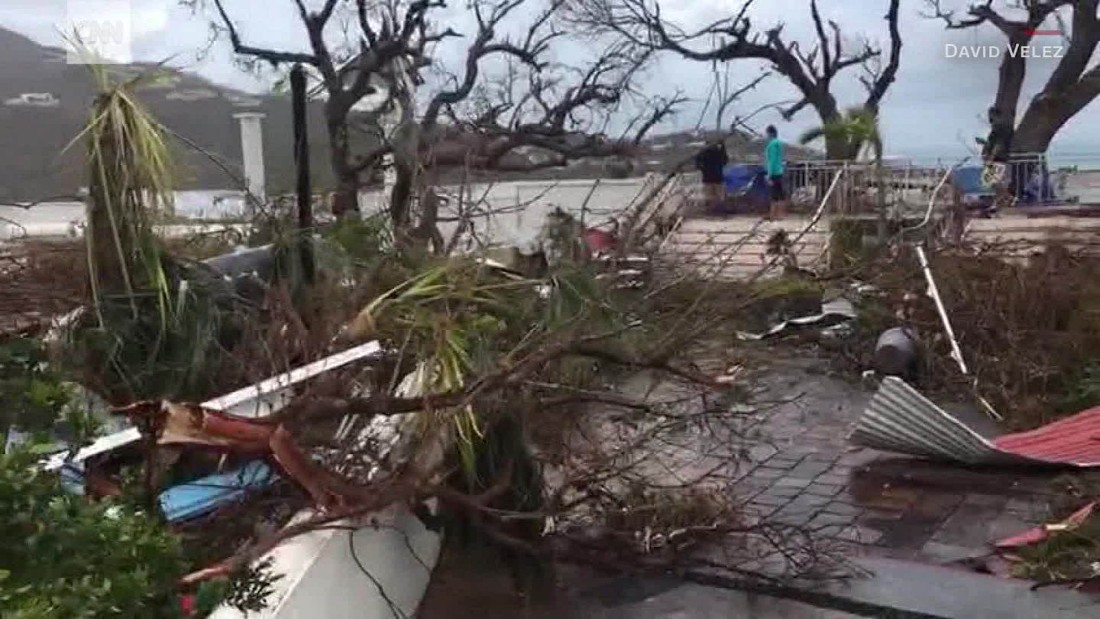 image of Man films Irma destruction to warn Florida